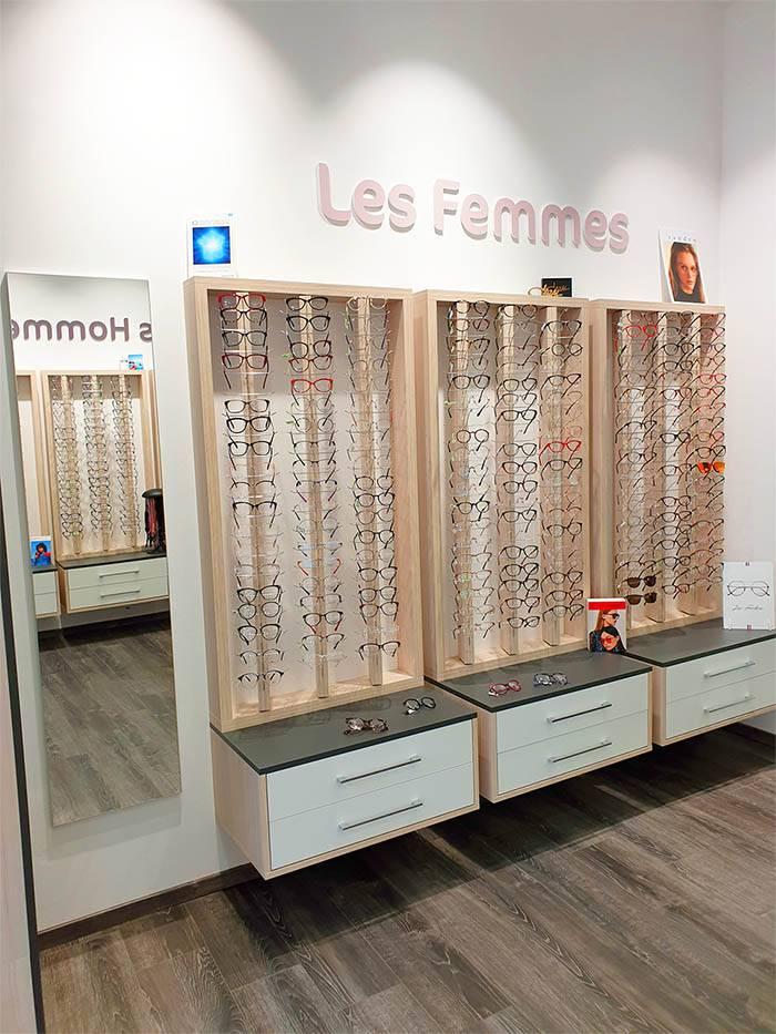 jcd-agencement-presentoir-lunettes-femmes