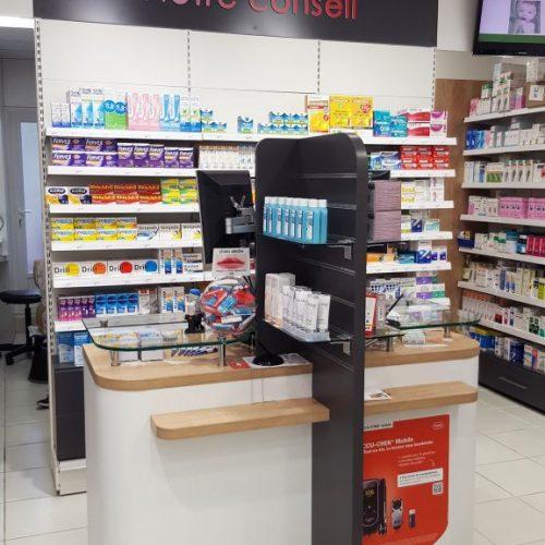 accueil-conseil-pharmacie-86-576x1024