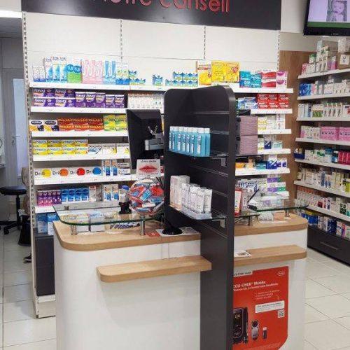comptoir d'accueil et de conseil pharmacie