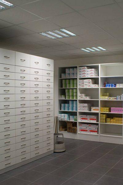 Colonnes tiroirs, agencement pharmacie JCDA